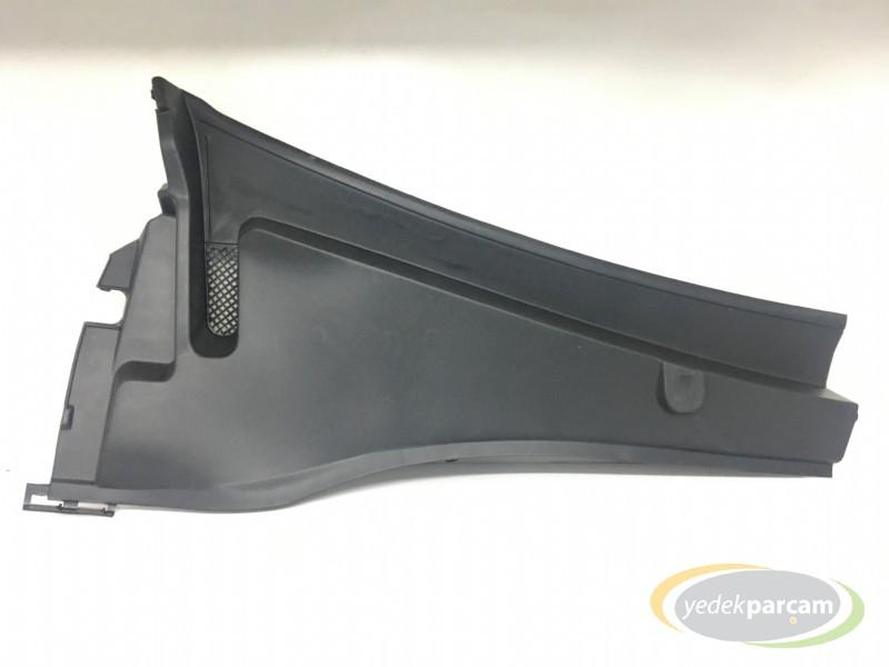 Peugeot 301 Ön Cam Alt Izgarası Sağ